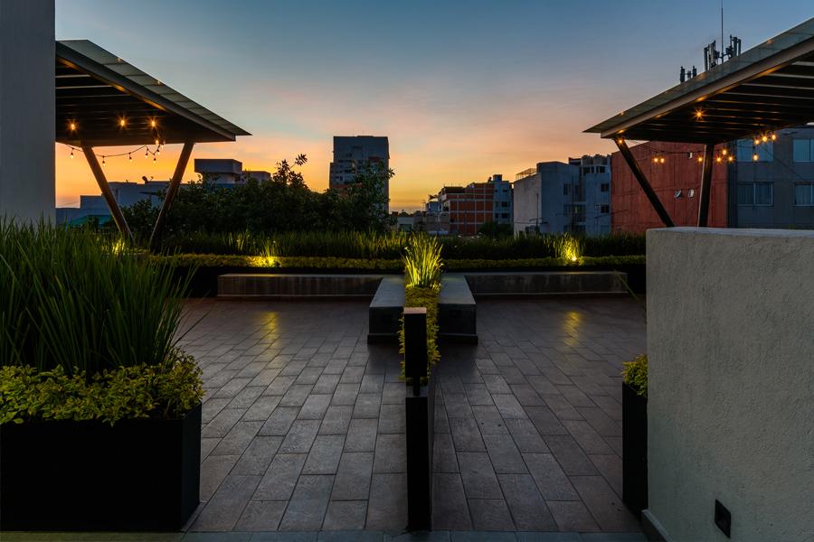 B618 roof garden con separación de ambientes